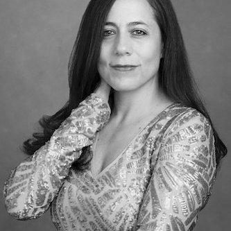 Dr. Marcela Molina